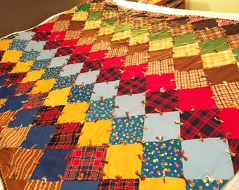 """Vintage Handmade Quilt-75""""x57""""/ 1960s hand made Thick quilt/ Contemporary Hand made QUILT"""