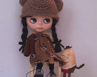 Sleeveless dress with and matching cardigan for Blythe or Pullip