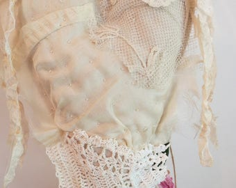 Lace Embellished Heart