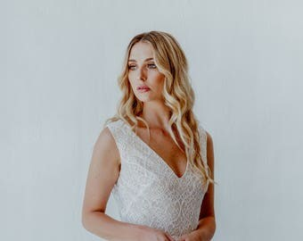 White Lace wedding dress - Sierra
