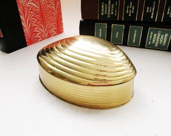 Vintage Brass Clam Shell Trinket Box or Jewelry Holder, Coastal Decor, Brass Decor, Hollywood Regency