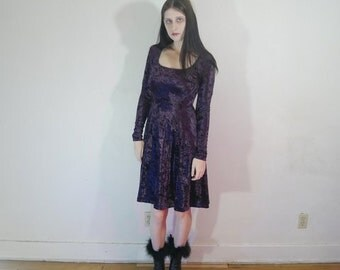 90s purple crushed velvet long sleeve dress size M