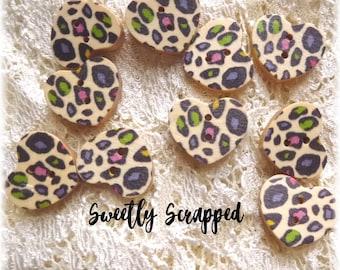 ANIMAL PRINT Heart Buttons .... Cheetah / Leopard / Animals / Embellishment / Button / Craft Supplies / DIY / Colorful / 80s / Scrapbooking