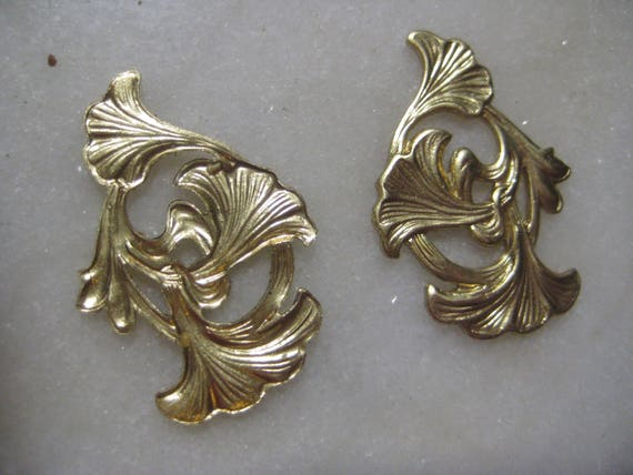 Vintage Lily Stampings, Guyot Art Nouveau Floral Findings ...