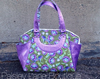 Glitter Vinyl Tula Pink Arm Carry Handbag/ Wild Animal Purse/ Zippered Handbag/ Satchel