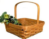 1990 Vintage Longaberger Square Splint Gathering Basket Stationary Handle