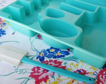 Rubbermaid Flatware Tray Turquoise Large Size Vintage 1950s Kitchen Decor