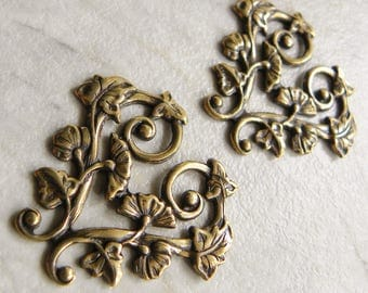 Heart Pendant Connector, Morning Glory Flower, Trinity Brass Co., Antique Gold, Vintage Look, 30 x 28mm, 2 Pcs.