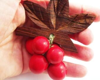 Vintage red cherries brooch with wood leaves