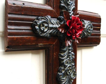 PC058 Rustic Brown and Gray Stacked Wood Cross with Red Rose