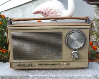 Vintage Radio, Working Vintage AM radio, Juliette Radio, Working Vintage Radio