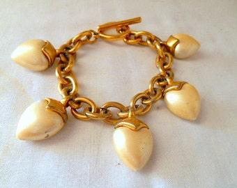 Vintage pearlized heart charm Bracelet