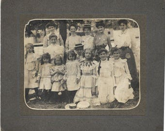Cabinet Card photo Edwardian Group