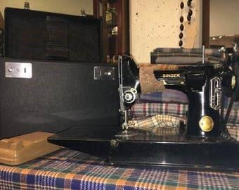 Vintage Singer Featherlight Sewing Machine