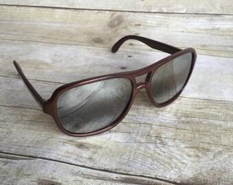 Mod Vintage Sunglasses - Opti Ray