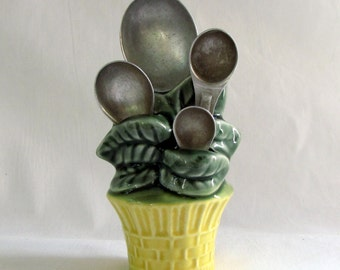 Vintage Flower Pot Measuring Spoon Wall Set with Aluminum Spoons