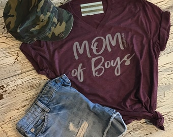 MOM OF BOYS Tri Blend tee