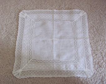 Vintage Solid White Cotton Lace Trimmed Hankie