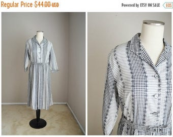 Memorial SALE - 15% off - vintage 50s black white gingham house dress // pleated day dress -- womens medium / large