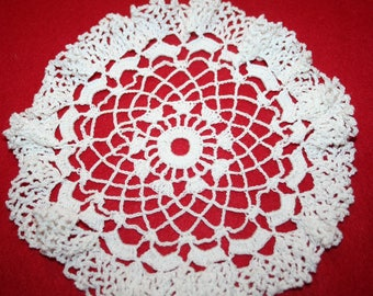 Vintage Hand Crocheted Doily- Ruffled- 8 inches