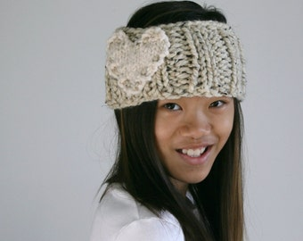 Heart Knitted Headband Ear Warmer in Oatmeal and Fisherman / L'AMOUR