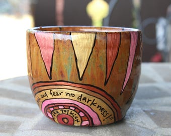 "J.R.R. Tolkien ""Forth now, and fear no darkness!"" Theoden Quote Mug - Broad, rustic brown mug with Rohan-theme - Hand painted gold sun"