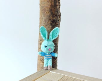 Crochet mini bunny pattern