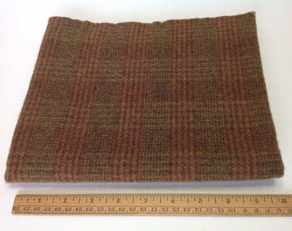 Khaki Plaid, Fat 1/4 Yd, Wool Fabric for Appliqué and Rug Hooking, J793,