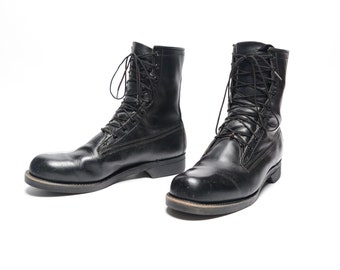vintage 80s combat boots US Military issue 1983 black leather bootsmen size 9 9D distressed worn in Addison Shoe Company