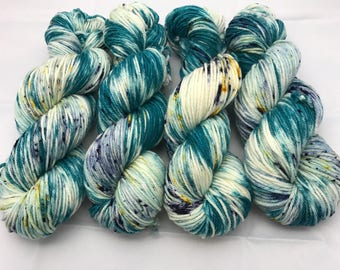 Oscar Worsted , Hand Dyed Yarn, Superwash merino, worsted weight, multicolored yarn, Pool Party