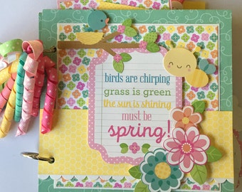 Spring Mini Scrapbook Album