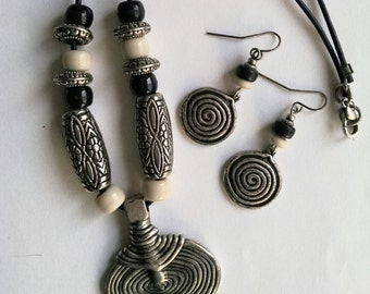 Vintage Necklace and Earring Set Silver Tone Black Cord Wood Beads Tribal Artisan Crafted