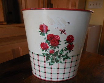 Vintage 1950s to 1960s Colorware Trash/Garbage Can Metal Green Clovers Red Bee Retro Small Tapered