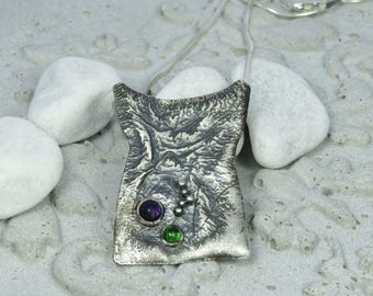 Reticulated silver pendant with amethyst and chrome diopside