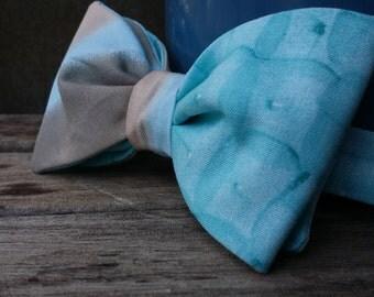 Aqua / Tan Bow Tie