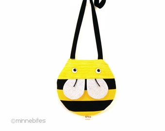 Sweet Honey Bee Purse - Cross Body Purse for Girls - First Purse - Toddler Gift - Little Girls Purse - Cute Baby Animal