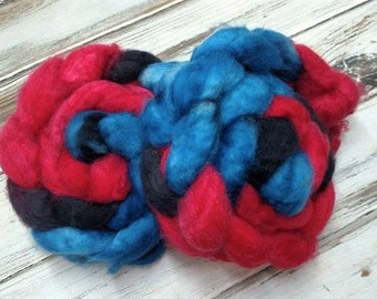 Peter 4oz Superwash BFL Wool Blue Faced Leicester Spinning Fiber Combed Top Roving Superhero