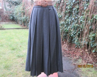 Long Wool Skirt / Long Pleated Skirt / Skirt Vintage / Pleated Skirt / Pleated Skirts / Long Wool Skirt / Size EUR44 / UK16