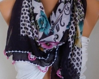 ON SALE --- Turkish Anatolians Floral Cotton Scarf,Fall Scarf,Christmas, Cowl Scarf Shawl Gift Ideas For Her Women Fashion Accessories Bride