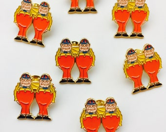 Tweedle Dee and Tweedle Dum from Alice in Wonderland Enamel Pin Gold Lapel Stocking Filler Gift for her Fans Pins Game Collectors Jewelry