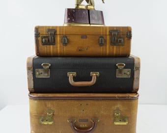 Vintage tweed suitcase/Vintage suitcase luggage/vintage hard sided suitcase/Macy's Associates /Original key