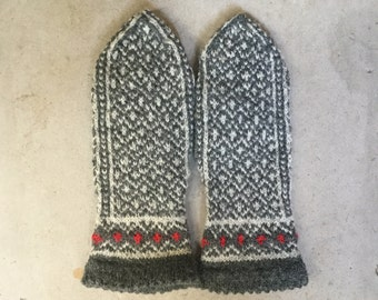 warm woolen mittens W I N T E R in natural grey