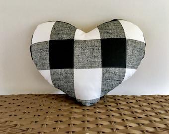 Heart pillow buffalo plaid black and white, 11 x 13 checked heart pillow, heart cushion, Valentine pillow, Valentine cushion