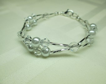 Crystal and Pearl Bracelet in White