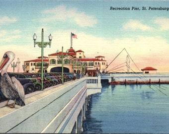 St. Petersburg, Florida, Recreation Pier - Linen Postcard - Postcard - Unused (B1)