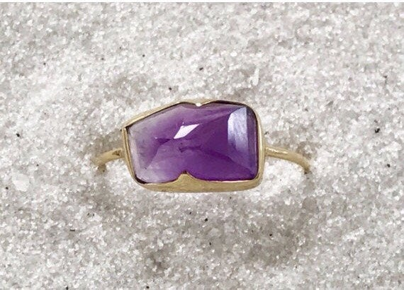 Amethyst glacier cut and solid 18k gold ring