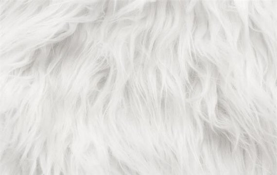 faux fur fabric long pile white gorilla 60 wide sold by the yard from fabulessfabrics on etsy. Black Bedroom Furniture Sets. Home Design Ideas