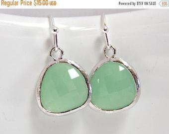 SALE Mint Green Earrings, Glass Earrings, Pistachio, Bridesmaid Jewelry, Silver Earrings, Bridesmaid Earrings, Bridal Jewelry, Bridesmaid Gi