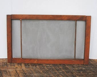 Vintage Wood Adjustable Window Screen