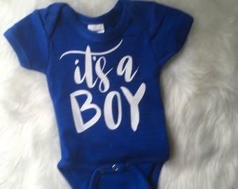 It's a boy onesie / baby announcement onesie / gender reveal onesie / baby boy reveal